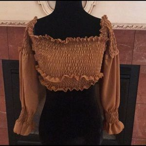 Made In Italy Crop Top Size 8 Mustard  NWT